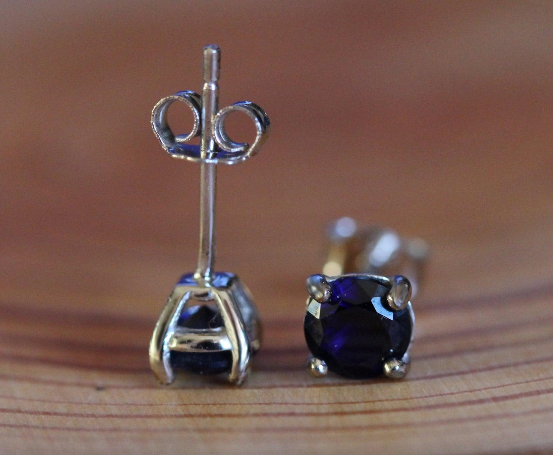 genuine blue sapphire stud earrings in solid sterling silver. Black Bedroom Furniture Sets. Home Design Ideas