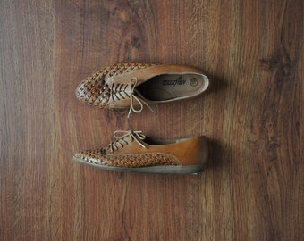 woven leather oxfords / caramel leather lace up shoes / brown leather flats 6