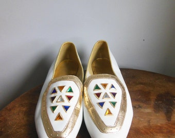Vintage White BEACON Gemmy Women's  Leather Flat Shoes 7.5/8 US