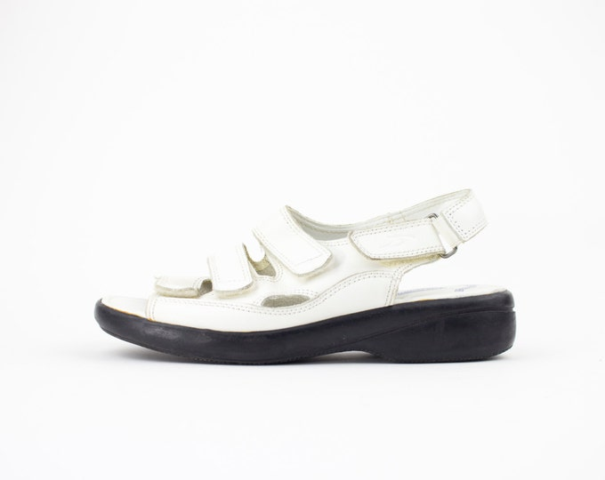 90s Vintage Sandals | White Leather Slingback Sandal | Chunky Shoes | Womens Size US 7.5 UK 5.5 Euro 38