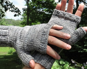 Fingerless Gloves Men's Hand Knit Light Gray Hand-Painted Merino Wool & Nylon Fingerless Gloves Hand Knit Gray Men's Fingerless Hand Warmers