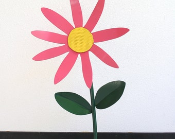 Metal Sculpture - Pink/Yellow Garden Daisy Flower
