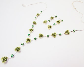 Gree Rose Bud and Crystal Lariat Necklace with Earrings, Wedding Necklace, Olive Green Floral Necklace, Green Necklace Set, Lariat Necklace