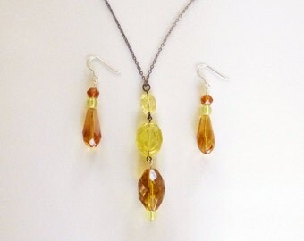 Art Deco yellow amber glass bead lavalier drop neckace and matching earrings demi parure