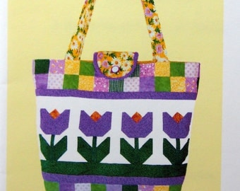 A Blooming Purse-O-Nality By Linda Rauld And Purse-O-Nalities Of Palm Harbor Uncut Quilting Pattern Packet 2007