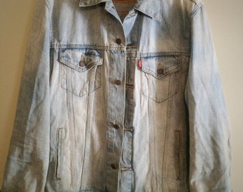 Men's Levis denim jacket LARGE