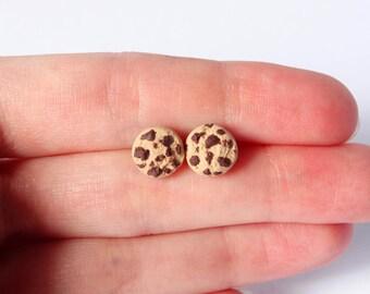 Dainty chocolate chip cookie ear studs stud earrings kawaii miniature food handmade from polymer clay cookie post earrings