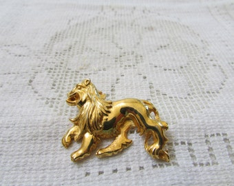 Vintage Davinci Leo zodiac Lion figural brooch pin 1970's