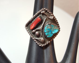FREE  SHIPPING   Vintage Turquoise Coral Ring