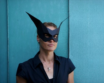 Bat Mask - make your own using our simple PDF download