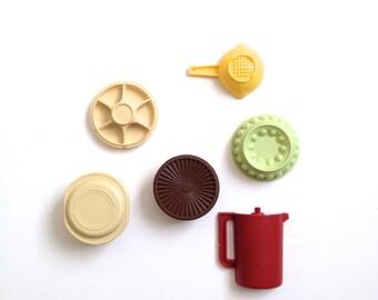 Vintage Tupperware Magnets Pair 6