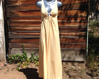 Vintage Buttercream Light Tangerine Vassarette Night gown Long Ladies Small Nylon Disco 1970's