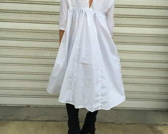 White Maxi Loose Shirt / Asymmetric shirt / Oversize Extravagant top - MD 1255
