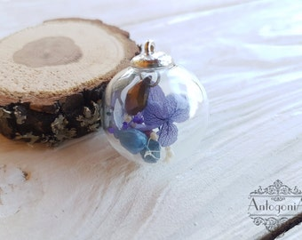 Hydrogenia Glass dome necklace,Terrarium Flower,real dried flower,Glass bubble,Glass orb necklace,Dried flower jewelry,Botanic jewelry