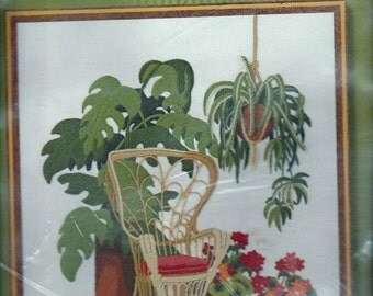 Sunset Stitchery Solarium Garden 2368 Embroidery Kit Original Packaging