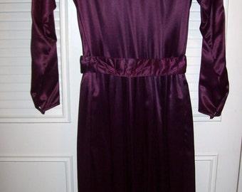 Vintage Nipon Boutique Bordeaux Satin Evening  Dress  Size 4