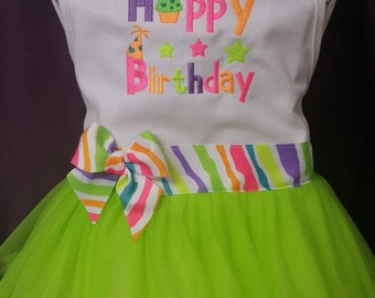 Happy Birthday with Hat Embroidery Froo Froo Apron®