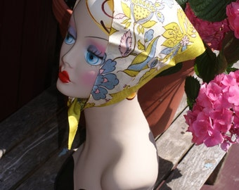 Awesome Vintage 1960's Head Scarf / Kerchief