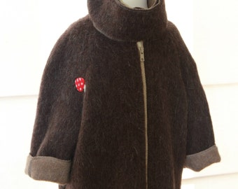 Kids Jacket, very warm and cute from high quality Wool with stand up collar