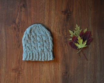 cable knit wool hat / chunky knit beanie / natural wool beanie hat
