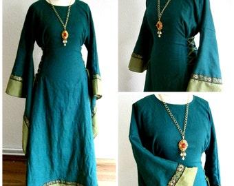 Linen Medieval Dress, Renaissance Gown, Reenactment dress linen, LARP Dress