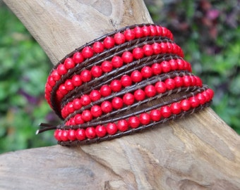 Red Angel / 5 wrap leather bracelets with Coral