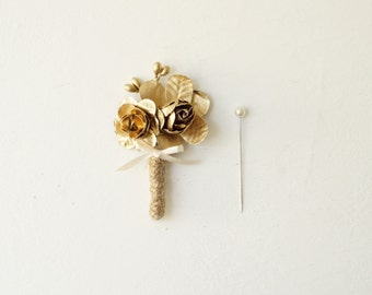 Gold groom boutonniere, Gold groomsmen wedding boutonniere, Boutonniere for groom, Woodland groom pin, Rustic wedding, Gold buttonhole