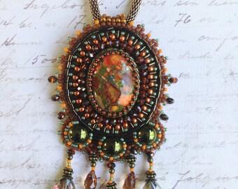 Olive green/orange pendant