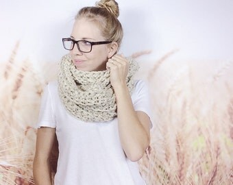 Ladies Winter Scarf, Chunky Crochet Scarf, Infinity Scarf for Women, Crocheted Cowl Loop Scarf, Circle Scarf, Eternity Scarf - {OATMEAL}