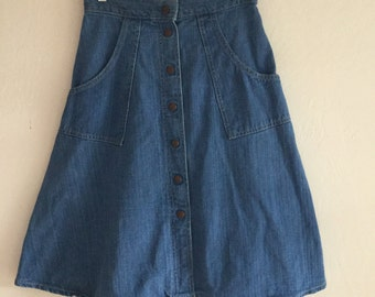 vintage 70's skirt, dress, western country style, size s, skirt medium blue, jeans, country style medium length jeans fabric, cotton, snap