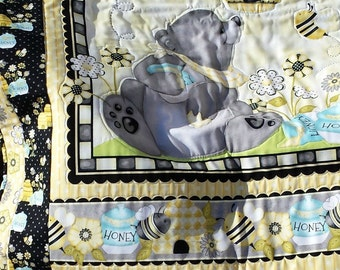 Teddy Baby Quilt/Wall Hanging