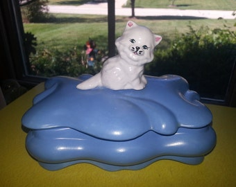 Vintage Blue and White Hand Painted Fluted Kitten Jewelry Box CUTE!
