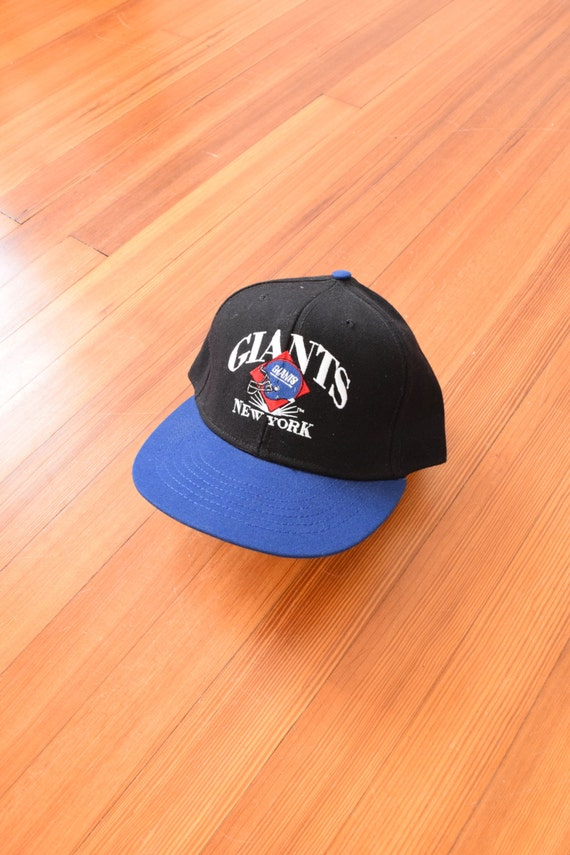ny giants cap 90s new york city baseball hat nfl. Black Bedroom Furniture Sets. Home Design Ideas
