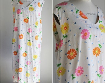 Vintage 1960s Mod Sundress Dress / Daisy Flower Power Summer Cotton Dress / Large Plus Size / Day Dress / 60s Casual Dress