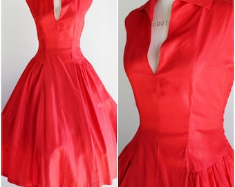 Vintage 1940s Red Taffeta Party Dress / Late 40s Holiday Dress / Circle Skirt / Full Skirt / New Look Dress