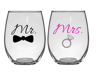 Engagement Gifts, Mr. and Mrs. Wine Glasses, Bride and Groom glasses, Wedding Gift