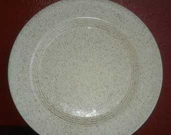 REDUCED! Homer Laughlin Speckled Dinner Plate & Saucers, Very good, 4 piece