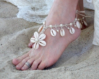 Cowrie Shell Barefoot Jewelry, Barefoot Sandals, Beach Wedding Shoes, Bridal Footwear, Seashell Foot Jewelry, soleless bottomless toe thong