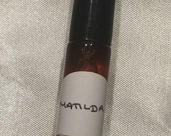 Matilda 5ml roll-on perfume - sandalwood, manuka honey, cocoa absolute, black tea