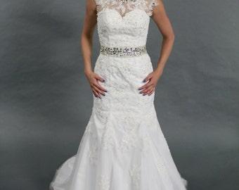 Elegant sheer scope neckline white lace applique mermaid sweep train wedding dress bridal gown