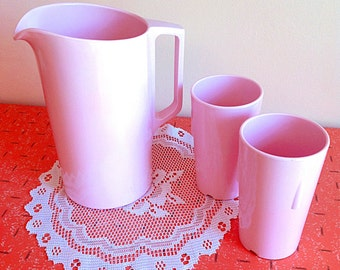 Lovely light pink Melmac melamine pitcher and tumblers set