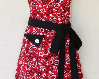 Black and Red Floral Apron, Retro Style, Women's Full Apron, Ready to Ship, KitschNStyle
