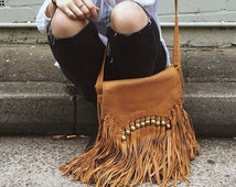 tan fringe bag | cross body bag |  fringe bag | leather fringe purse | leather tassel bag | tan leather bag | ladies purse