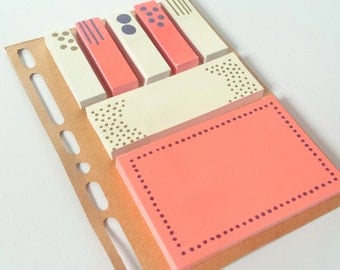 Neon Sticky Notes on a Planner Dashboard Insert