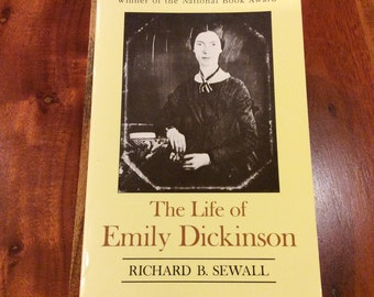 the life and works of emily dickenson