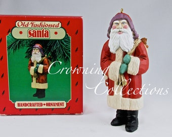 1986 Hallmark Old-Fashioned Santa Claus Keepsake Ornament Folk Art Vintage Toys Americana Christmas