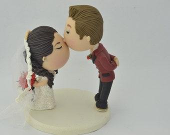 Cute couple kiss. Wedding cake topper. Wedding figurine. Bride and Groom. Handmade. Fully customizable. Unique keepsake