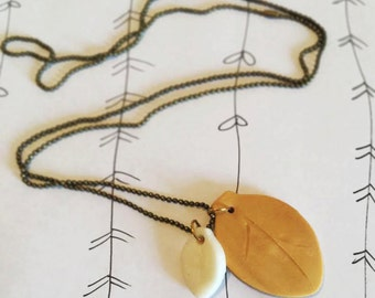 Necklace Leaves White Gold