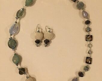Stylish Fashion Beads Necklace