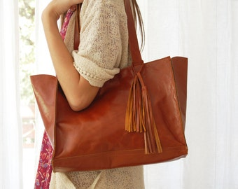 Brown leather tote, laptop bag, Distressed leather, brown leather bag, leather tote, large shoulder bag, women's handbag, leather bags